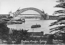 No 292 Sydney Harbour Bridge nearing completion c1932
